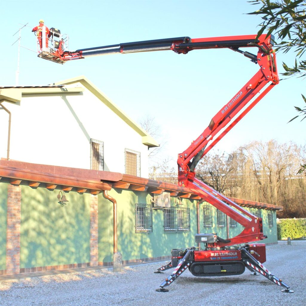 Podesty przewoźne, tzw. pająki mogą być łatwo transportowane z miejsca na miejsce na placu budowy
